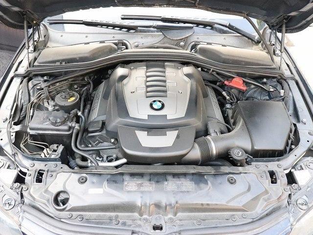 BMW 550i Engine