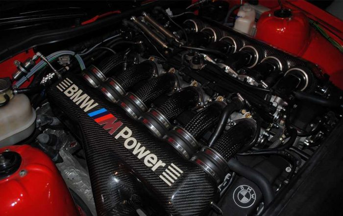bmw-m8-s70